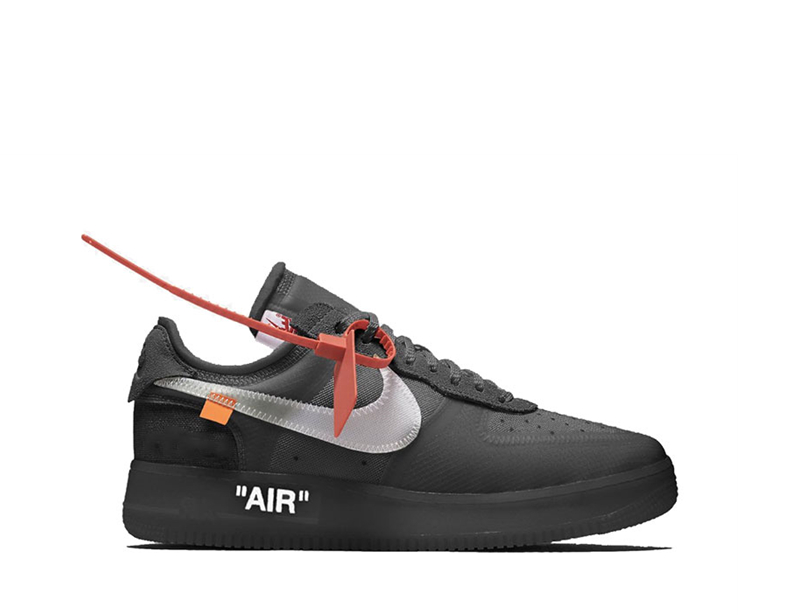 Nike Air Force 1 Black 4.jpg